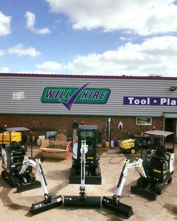 Diesel mini digger excavator 1.5ton bobcat E17 machine 3ton E25 Will Hire Limited plant tool access hire Stourbridge Dudley Wolverhampton Birmingham Halesowen West Bromwich Bromsgrove Kiddermnster